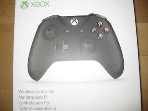 Microsoft - Xbox One S Wireless Controller. Bluetooth. AUX Audio Headset Jack. Compatible with Game System PC / Desktop