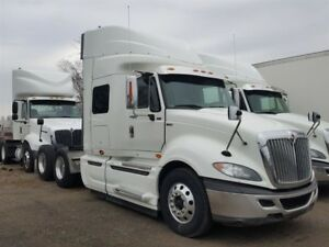 2013 International Prostar + Eagle -