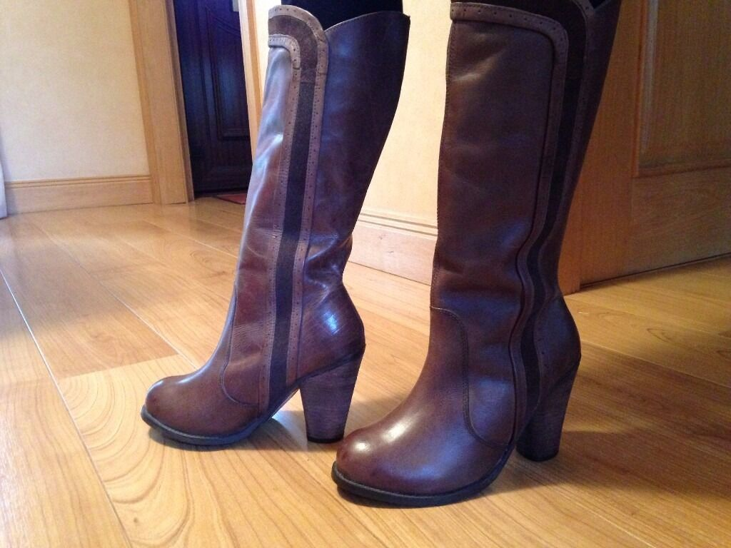 Debenhams Brand new woman's leather boots size 6