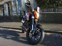 KTM Duke 125 2013 (Low millage)