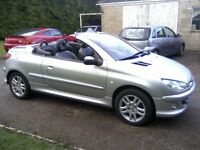 PEUGEOT 206 CC 1-6 ELECTRIC HARDTOP CONVERTIBLE 2003 (53 PLATE) 90,000 MILES, FULL SERVICE HISTORY.