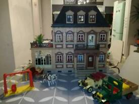 Playmobil Victorian dolls house with furniture, cars and people