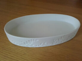 2x matching porcelain dishes - NEW - Crabtree & Evelyn