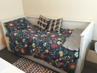 Day Bed converts to Kingsize w/ Storage