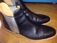 Black leather boots with silver inserts x 8