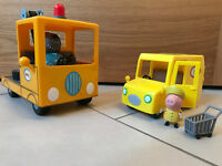 Peppa Pig Grandad Dog's Recovery Truck & Supermarket Delivery Van
