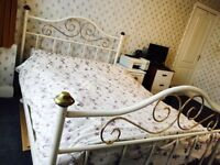 Large Double Room with All Bills £550