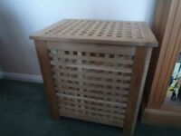 Laundry basket / storage, Toy box / side table