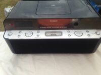 bass woofer system very good sound with CD player and docking