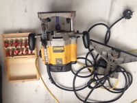 Dewalt 115v router c/w drill bits also led task light and transformer