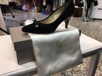 Peter Kaiser evening heels!