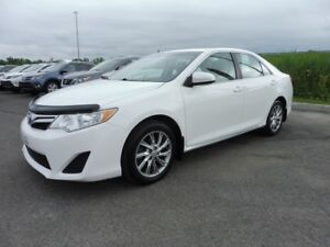 2012 Toyota Camry * MAGS * NAVIGATION * 45 000 KM *