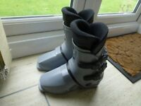Ski boots, Light grey, size 5 , good condition