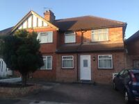 Large 3 double bed / 2 bathrooms / 2 reception house to rent in Harrow / Stanmore