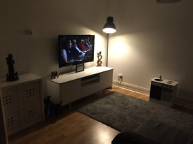 Large 2 bed flat in central Crouch End, looking for 2/3 bed house in North London £££ offered