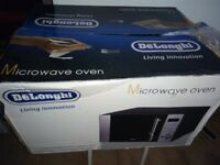 Delonghi 20l stainless steel microwave ex display