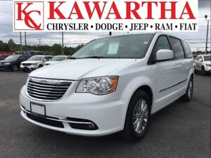 2016 Chrysler Town & Country TOURING L*HEATED SEATS AND WHEEL*