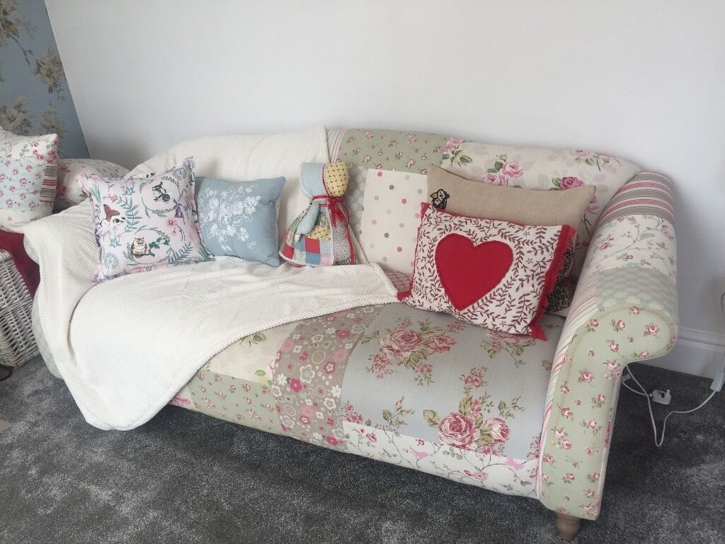 Dfs patchwork sofa in hull east yorkshire gumtree dfs patchwork sofa parisarafo Image collections