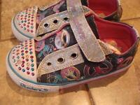 Skechers Tinkle toes - size 9