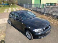 Breaking - BMW E87 116i 118i 1 series Black 5 door Hatchback for parts spares 2004-2011