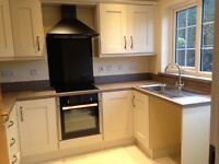 2 Bed Townhouse to Let - quiet location - close to town centre