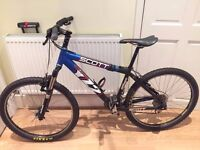 SCOTT MOUNTAIN BIKE VOLTAGE !! Bike with few miles. See the details under!! with accesories