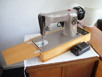 Singer 201K Semi-Industrial Electric Sewing Machine - SEWS LEATHER - Bentwood Case
