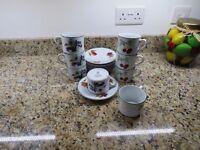 Royal Worcester Evesham Green Edged Tea/Coffee set
