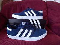 Adidas Seeley ADV Trainers Blue/White Size 10 1/2