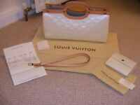 Louis Vuitton Handbag & Matching Purse In Mint Condition