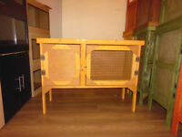 brand new 3ft rabbit/guinea pig hutch in harvest gold