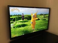 Bush 32 inch tv LED ready HD (around 3 months old)
