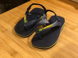 New Original Havaianas for kids size 7 (never used)