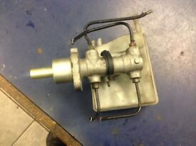 2001 PEUGEOT 206 1.1 SILVER 5 DR PETROL BRAKE SERVO PUMP AND BRAKE FLUID BOTTLE LUTON