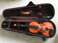 Violin 1/2 size Stentor EXCELLENT condition with case, shoulder rest and beginners Fiddle time books
