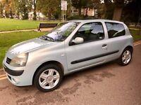 Renault Clio 1.1 dynamique 2004/54 very low mileage! Fsh! 2 keys, 12 months mot! Still insured!