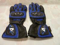 Akito – 'Supervent' gloves
