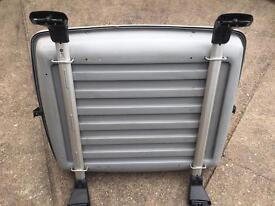 BMW Roof Bars (BMW pt no:- 82 71 2 295 099) and Box