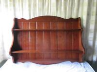 LARGE SHAPED STAINED SOLID OAK TWO SHELF WALL HUNG PLATE RACK DISPLAY SHELVING FREE DELIVERY