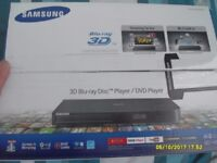 SAMSUNG 3D WIFI BLUE RAY PLAYER