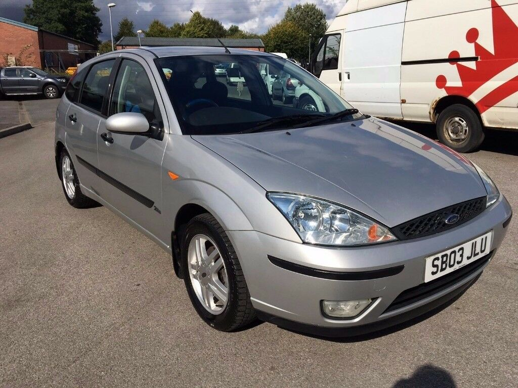 2003 ford focus 1 6 zetec 5 dr hatchback low mileage new m o t immaculate