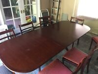 Extendable Dining Room Table and 6 Matching Chairs