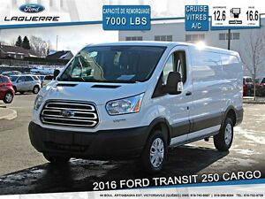 2015 Ford Transit **CARGO*AUTOMATIQUE*CRUISE*A/C**