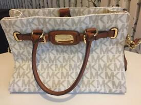 Michael Kors Bag & Purse