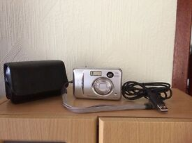 Camera Digital Fujifilm 4.1 mega pixel