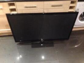 Samsung 52 inch plasma 3D TV cracked screen