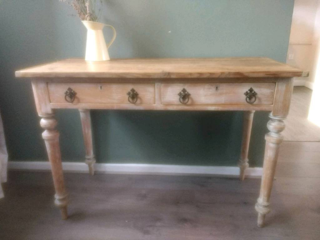 Rustic Antique Pine Plank Top Table