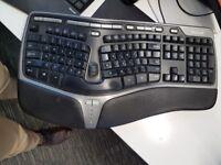 Microsoft ergonomic keyboard 4000 USB with US layout.