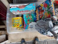 SELECTION OF CHILDREN'S GAMES/PUZZLES