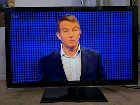 Panasonic Viera TX-L32X5B LED TV